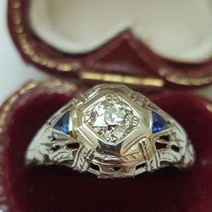 Jewelry - Antique 18k gold. 61ct  diamond sapphire  ring